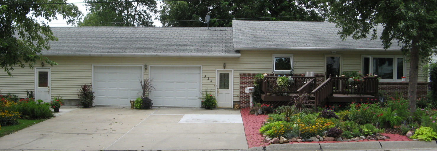 PENDING!!!!  525 S Bruner St, West Point- Expansive, well-kept home on 4 lots!